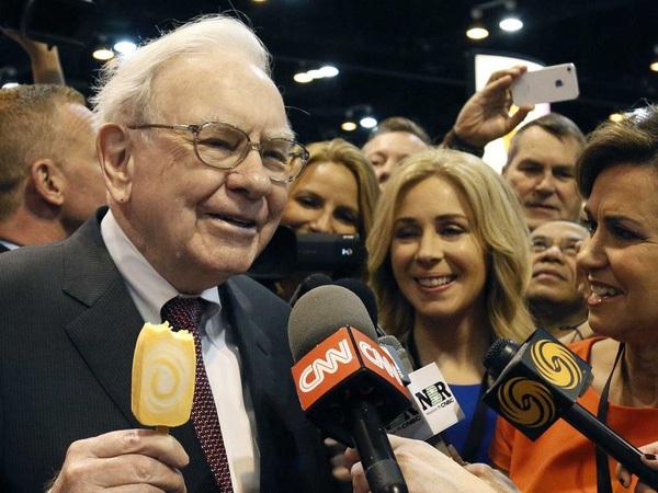 10 câu nói kinh điển về đầu tư của Warren Buffett