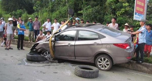 Nắng nóng, 7 lưu ý này sẽ giúp bạn tránh những tai nạn thảm khốc do nổ lốp xe