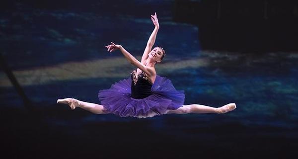 Bài học cuộc sống của vũ công ba lê trẻ tuổi này sẽ khiến bạn phải suy ngẫm