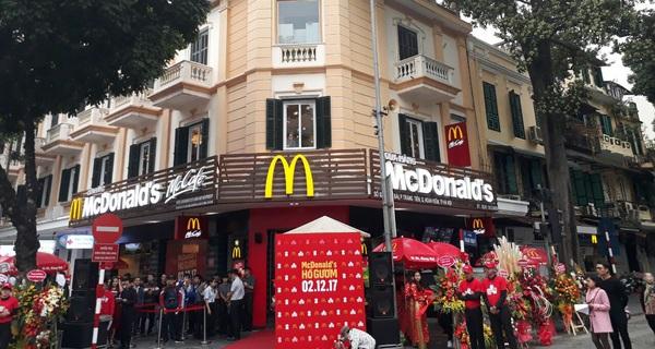 Thuê mặt bằng đẹp tại Hà Nội: McDonald's phải trả 1 tỷ đồng/tháng, H&M tốn 3 tỷ, nhưng chưa là gì so với Zara?