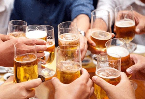 Tháng Tết trung bình mỗi ngày người Việt uống hết hơn 10 triệu lít bia