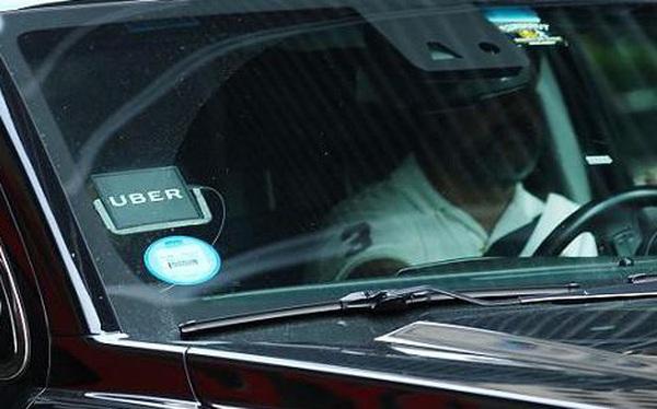 Chuyện thật như đùa: Hôm qua Uber bảo chốt bán cổ phần cho Softbank, hôm nay Softbank tuyên bố chỉ đang cân nhắc, chưa 'chốt'