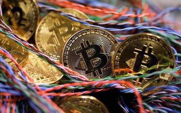 Giá bitcoin vừa 'rơi' 600 USD trong đúng 5 phút chỉ vì một tuyên bố