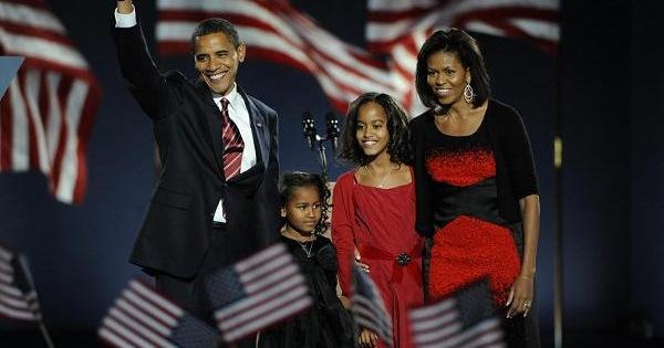 Dù luôn bận rộn với sự nghiệp chính trị, Barak Obama vẫn dành thời gian cho con cái và đây là bài học về lãnh đạo mà ông luôn dạy con