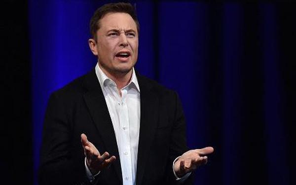 Elon Musk phủ nhận mình là cha đẻ bí ẩn của bitcoin