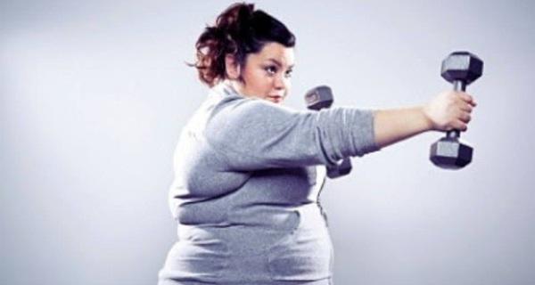 Vì sao bạn tập thể dục thường xuyên mà chẳng thấy giảm cân, đây là lý do