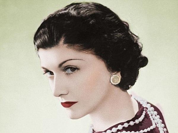 10 câu nói truyền cảm hứng của huyền thoại thời trang Coco Chanel