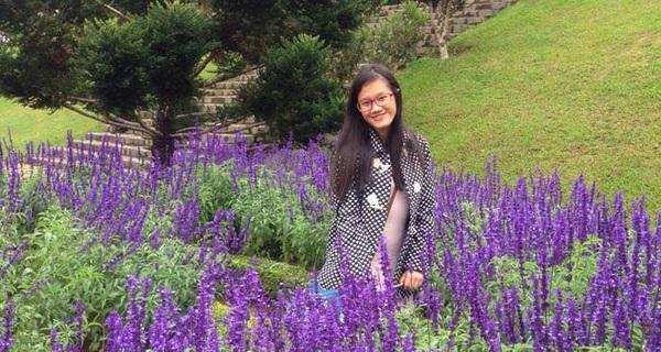 Nữ sinh 17 tuổi giành học bổng 300.000 USD của đại học hàng đầu