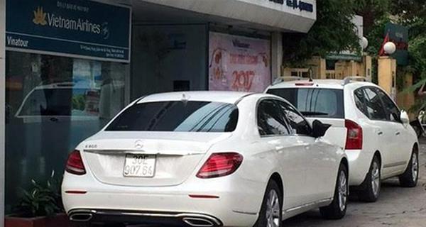 Dân Hà Nội một tuần 'mất ăn, mất ngủ' với ô tô