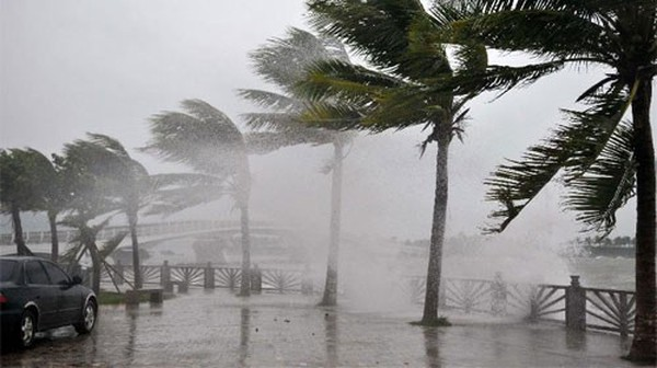 CPI tháng 11 tăng nhẹ do mưa bão và quyết định tăng giá xăng