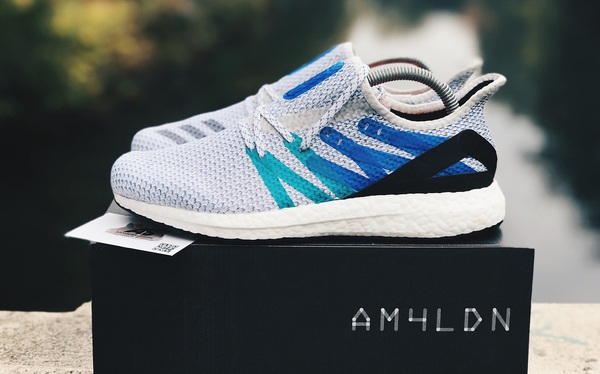 Đôi giày Adidas sản xuất trong 45 ngày và nỗi lo của ngành giày da Việt Nam