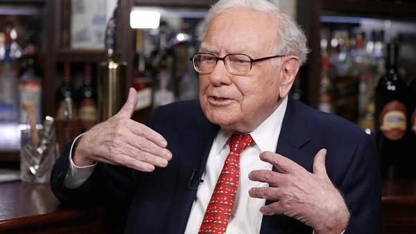 Warren Buffett: Đây là lý do tại sao tôi không chỉ trích Donald Trump