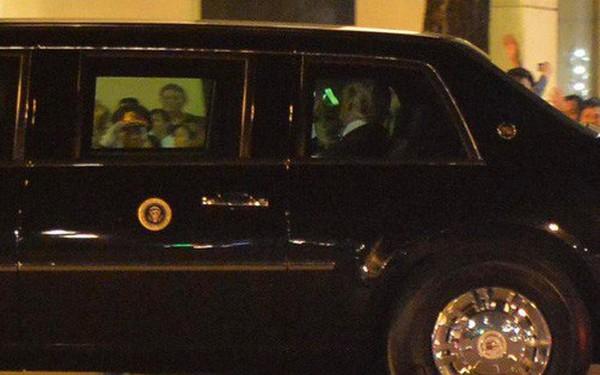 Tổng thống Donald Trump đã về đến khách sạn ở trung tâm Hà Nội