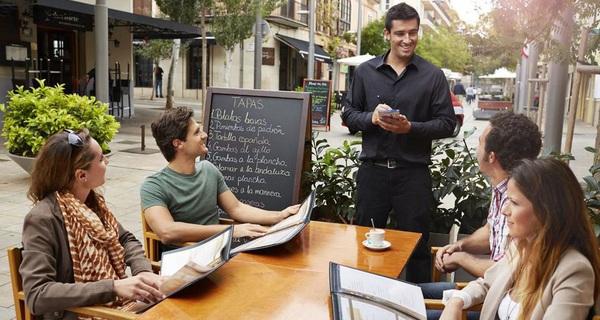 #Why: Vì sao nếu rủ cả nhóm đi ăn và 'campuchia', ai cũng chăm chăm gọi món đắt hơn dù không thích?