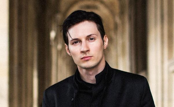 """Cuộc đời """"bất hảo"""" của Pavel Durov, CEO Telegram, người vừa lên tiếng chê tài quản lý của Tim Cook"""