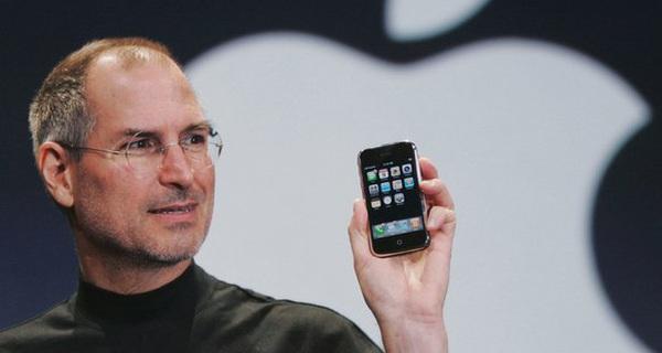 Kinh doanh đừng đổ tại 'số', Steve Jobs xưa kia chỉ biết cắm đầu cắm cổ làm iPhone, nào biết trước Apple sẽ thành công