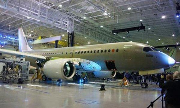 Mỹ, Anh và Canada căng thẳng vì đánh thuế máy bay
