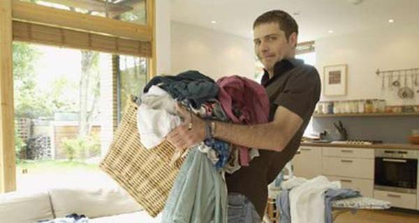 Khoa học chứng minh: Chồng càng làm nhiều việc nhà, gia đình càng dễ đổ vỡ