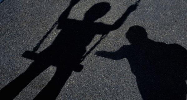 Những kẻ ấu dâm thường mắc chung loại bệnh này! Nhưng đừng vì thế xa lánh họ, bởi giúp họ cũng chính là bảo vệ con em chúng ta