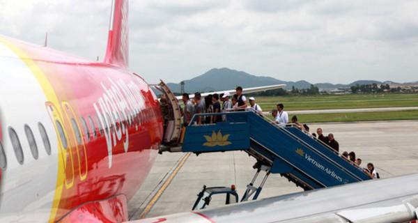 """Bộ Giao thông """"truy"""" trách nhiệm hãng bay về việc để lộ thông tin hành khách"""
