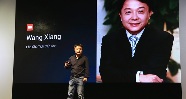 Phó Chủ tịch cấp cao của Xiaomi trả lời câu hỏi: Tại sao các anh bán điện thoại cấu hình tốt cho người Việt mà giá vẫn rẻ?