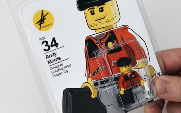 Nhà thiết kế vừa ra trường làm CV bằng LEGO để đi xin việc cho nó dễ