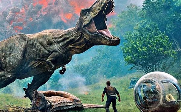 """""""Jurassic World: Fallen Kingdom"""" ra mắt trailer chính thức: Chris Pratt thoát chết nhờ khủng long bạo chúa"""