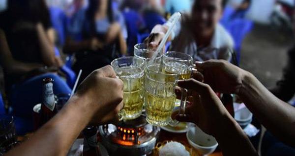 Con đường dẫn đến ung thư của rượu, đàn ông thường xuyên nhậu cần biết
