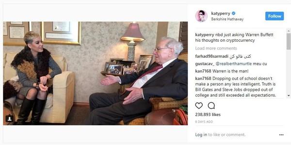 Đây là lý do Bitcoin vươn lên đỉnh cao 14.000 USD? Nữ ca sĩ Katy Perry vừa đối thoại với tỷ phú Warren Buffett về Bitcoin và các loại tiền ảo