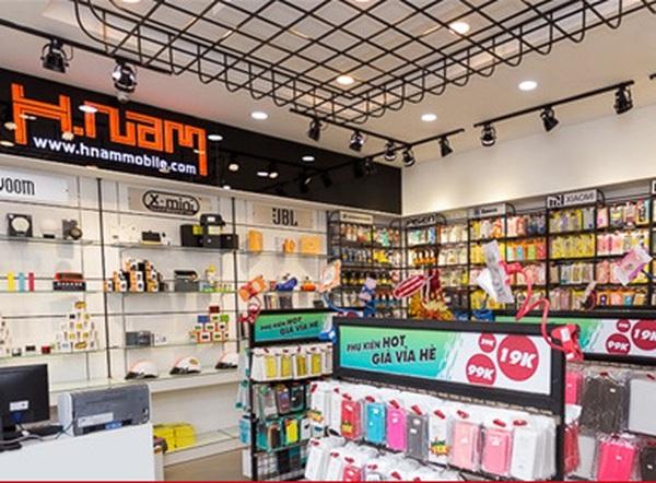 Cửa hàng điện thoại bán thêm nước hoa và chuyện sống còn trong kỳ bão hoà