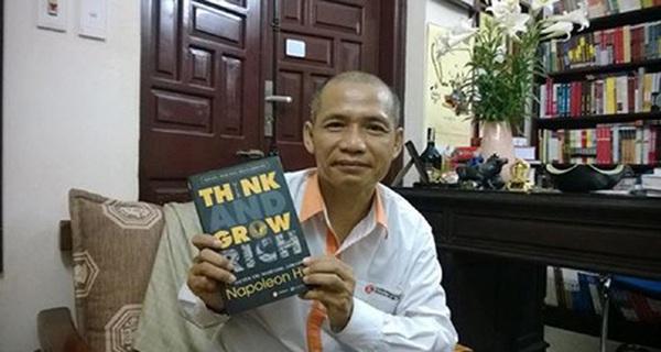 """TS Nguyễn Mạnh Hùng: Các doanh nhân cũng lười đọc sách như đa số người Việt, có vị sếp còn tâm sự """"mấy năm nay anh có đọc sách đâu mà vẫn làm ăn phát đạt!"""""""