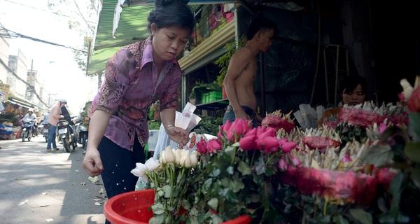 Chợ hoa nổi tiếng Sài Gòn ngày Valentine