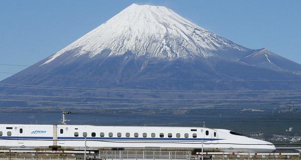 Không chỉ là tàu cao tốc, Shinkansen khiến cả thế giới 'ngả mũ ...