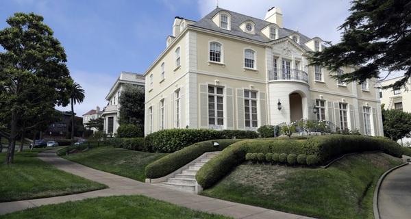 Chỉ tốn 90.000 USD, cặp vợ chồng này đã mua đứt cả khu phố đắt đỏ nhất San Francisco theo một cách không ai ngờ