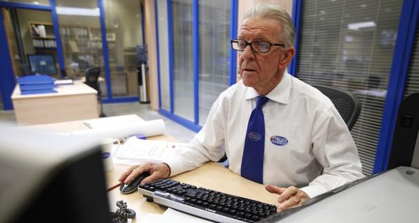 Thị trường việc làm cho lao động lớn tuổi đang bùng nổ