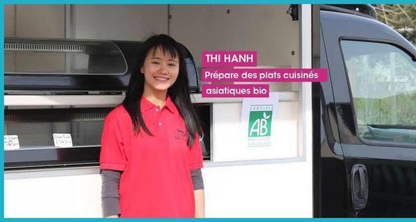 """Bỏ học ngân hàng vì thấy """"không hợp"""", cô gái Việt khởi nghiệp đi bán nem, gỏi cuốn trên xe tải, chinh phục khẩu vị người Pháp"""