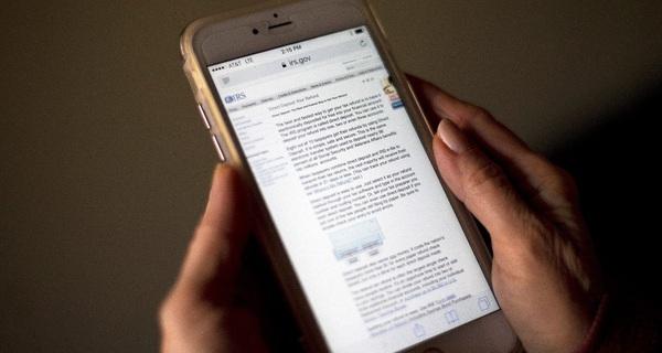 Thế giới có cả tỷ người dùng smartphone, nhưng chỉ một số nhỏ là biết 2 cách này để tránh bị CIA nghe lén