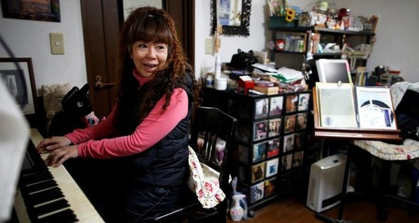 """Cuộc đời vất vưởng của thế hệ """"ăn bám"""" cha mẹ tại Nhật Bản"""