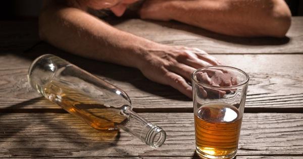 7 việc tối kỵ không nên làm sau khi uống rượu say: Mọi quý ông nên biết sớm