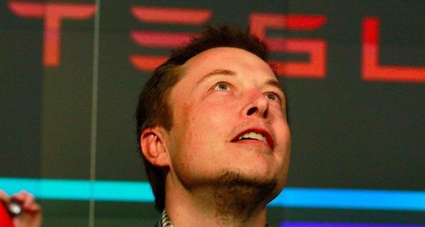 Tesla từ bờ vực phá sản thành 'ông trùm' năng lượng sạch của nước Mỹ, Elon Musk đã làm như thế nào?
