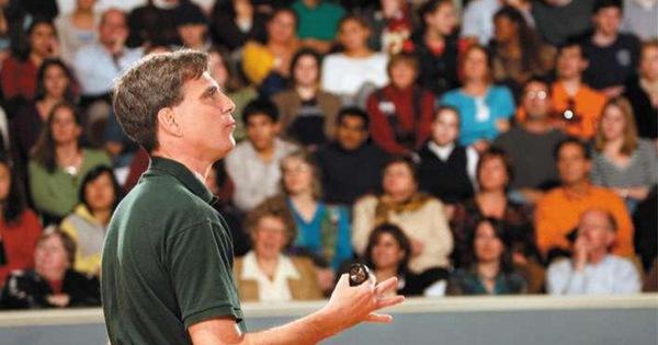 Bài giảng cuối cùng của Giáo sư Randy Pausch: Câu chuyện về người thầy vĩ đại lay động hàng triệu người trên thế giới