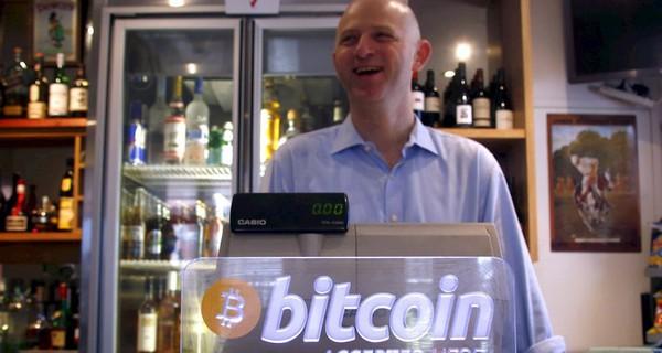 """10 bí ẩn đằng sau đồng tiền ảo Bitcoin và """"cha đẻ"""" Satoshi Nakamoto"""