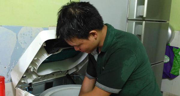 Dịch vụ dọn vệ sinh thu tiền triệu dịp Tết