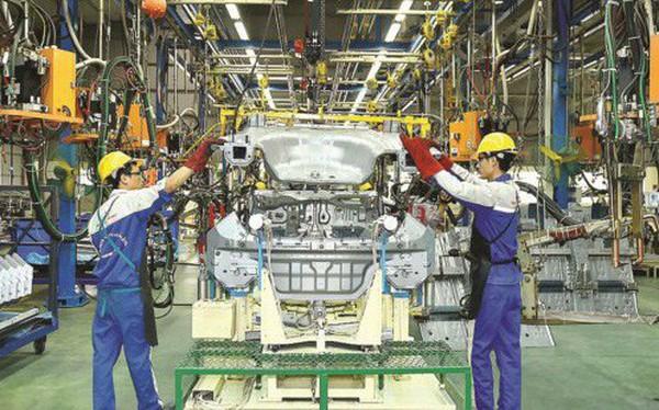 Nghị định sản xuất kinh doanh NK ô tô: Ai khó, sao khó?