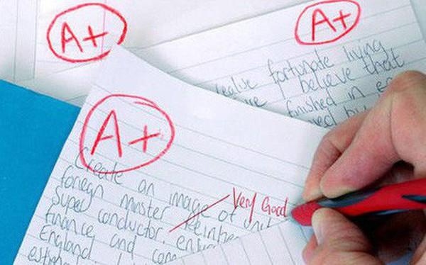 Nhiều trường học ở Úc, Mỹ đã có lệnh cấm giáo viên chấm bài bằng bút đỏ - lý do là vì..