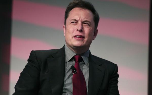 Bóng gió Elon Musk toàn 'hứa lèo', thiên tài bán khống phố Wall khẳng định cổ phiếu Tesla chỉ đáng giá bằng 0