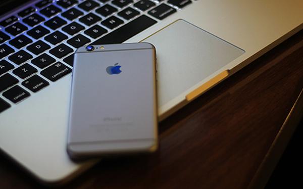 Đây là lý do tôi dùng điện thoại iPhone chứ không phải Android, nhưng vẫn chọn máy tính Windows thay vì Mac của Apple