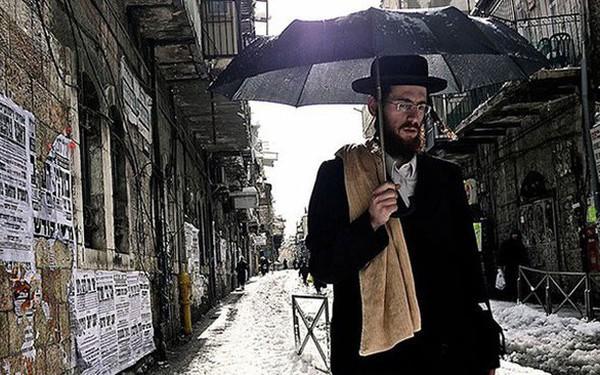 Khi cháy nhà hãy mang theo sách - Tư duy thành công của người Do Thái