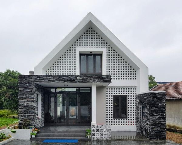 """Ngắm ngôi nhà có vẻ ngoài """"độc, lạ"""" ở Quảng Bình"""