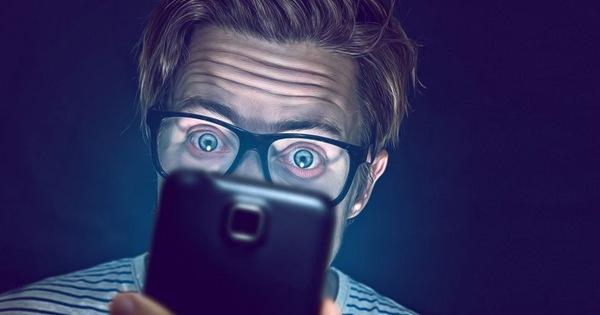 Lý do tại sao chỉ nhìn màn hình Smartphone thôi cũng đủ tàn phá đến suy nhược cơ thể bạn